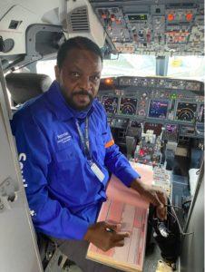 Norman Scott, Southwest airplane mechanic